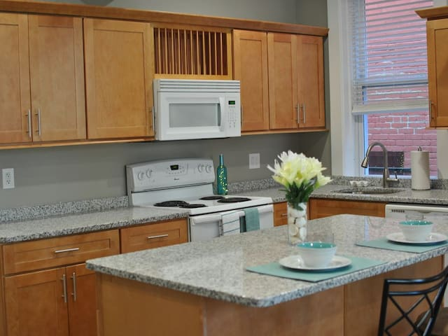 Brand new kitchen cabinets and countertops to accommodate any of your kitchen needs