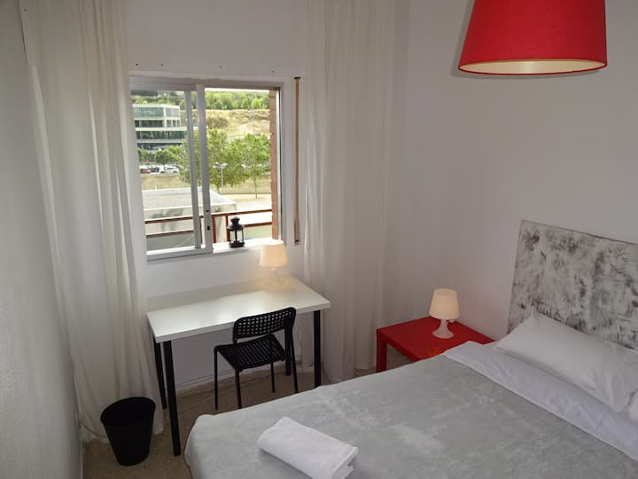 1.2Barcelona Sabadell Private Room (Full Services)