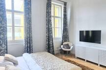 EMPIRENT-3 Bedroom Apartment #331-Grand central