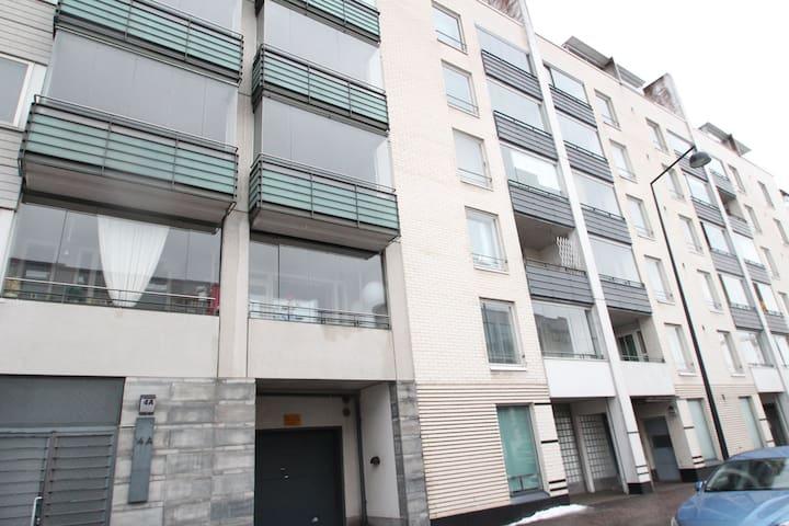 One bedroom apartment in Helsinki, Messipojankuja 6 (ID 4061)