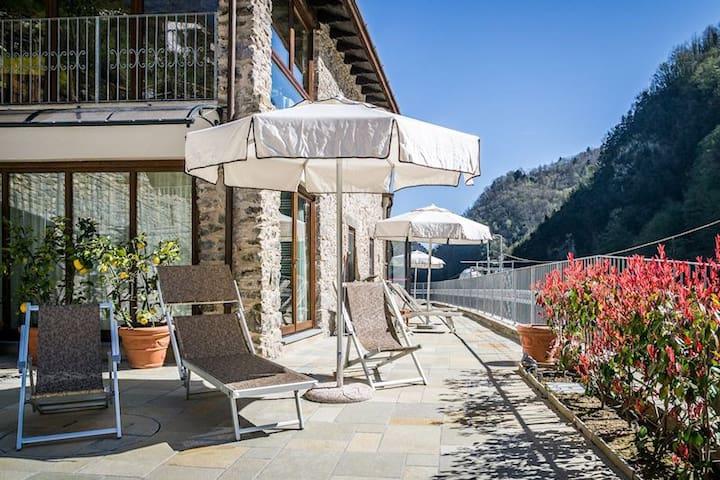 Appartamento Vallico 7 / Piscina coperta e Spa - Fabbriche di Vergemoli - Apartemen