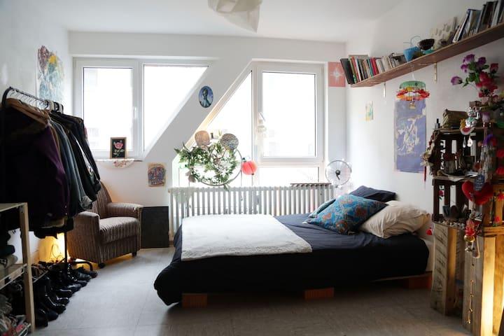 SVS Factory / Arty Kreuzberg Room