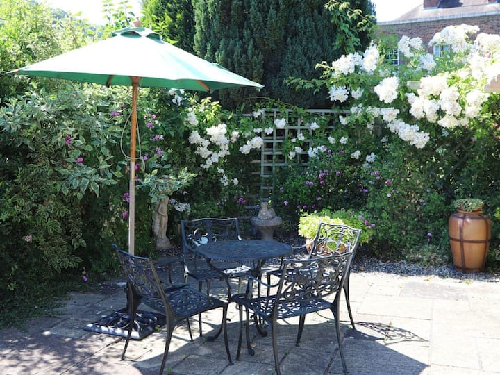 Garden Apartment - 27518 (27518)