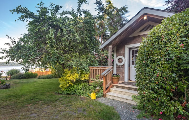 Private beach cabin, Vashon Island