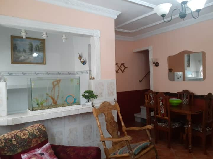 hostal dona rita apartamento  completo