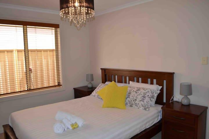 Bedroom 2 built in robe