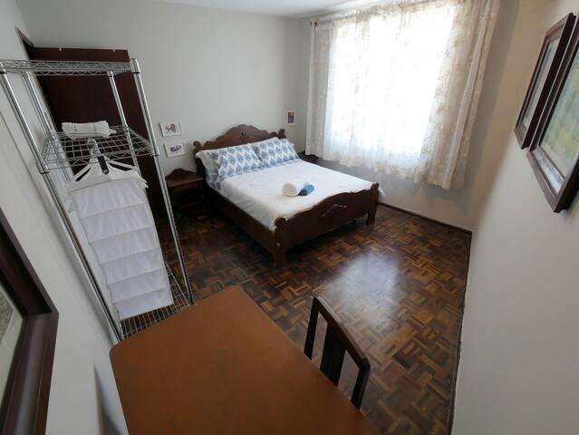 Tudo que você precisa no centro de Curitiba. - Curitiba - Appartement