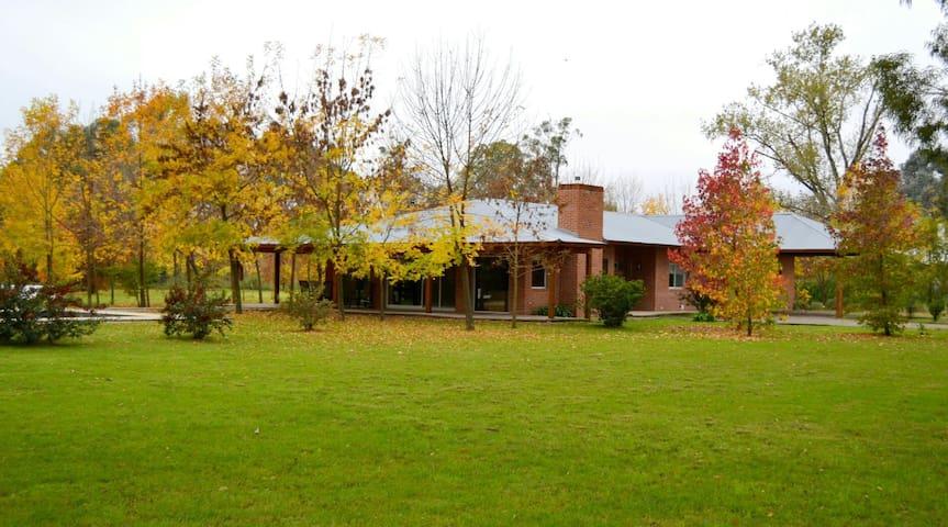 Casa en City Bell -La Plata - City Bell - บ้าน
