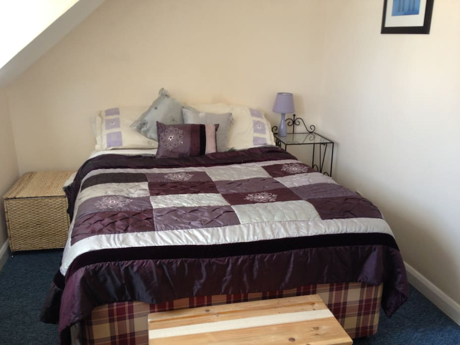 The very comfortable and cosy second bedroom