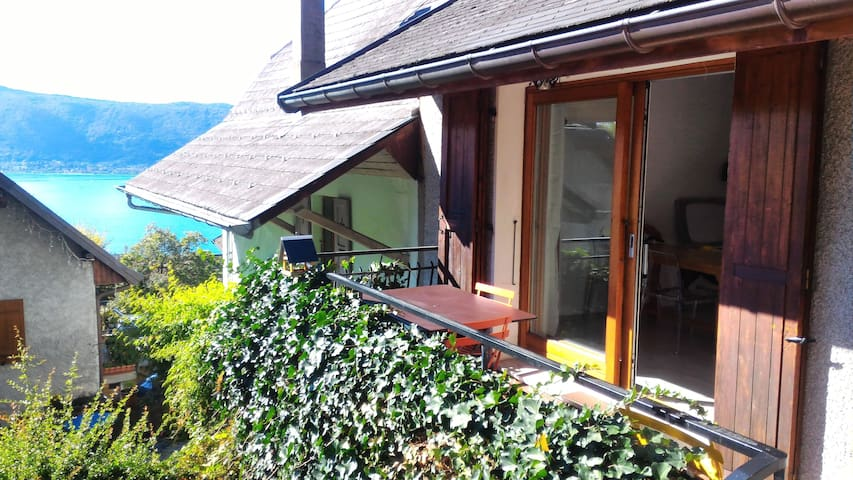 Lake of Annecy 2 bedrooms house 4 pers 70m2