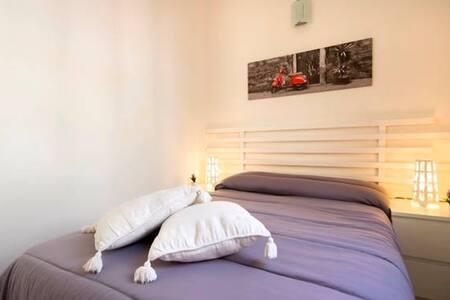 "Single Room in Villa ""Ventura Tailor"" - Marina di Ragusa"