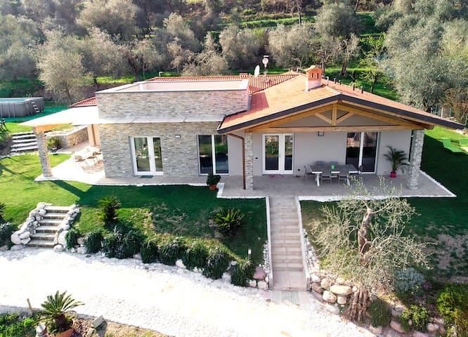"""Villa Lucia - Appartamento """"Gli Olivi"""""""