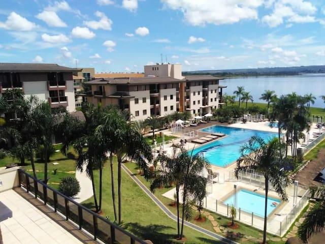 Lindo FLAT no Life Resort - Beira do Lago