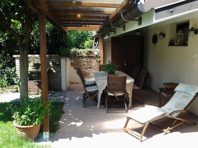 Splendida stanza con bagno. - Cervignano del Friuli - House