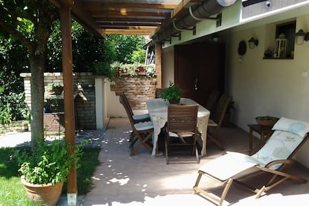 Splendida stanza con bagno. - Cervignano del Friuli - Rumah