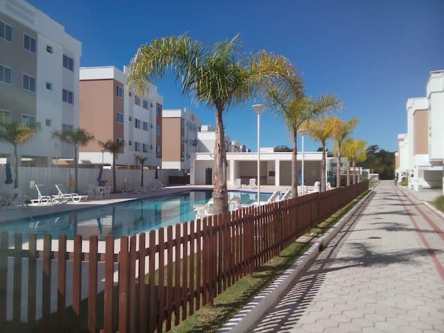 Apto novo 2 quartos em canasvieiras Florianopolis