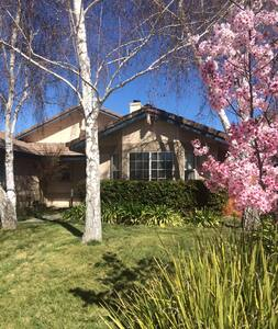 Paso Robles Home at Riverbank - Hus