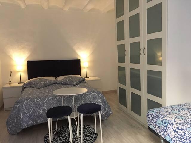 Habitacion en la Rambla - Barcelona - Apartment