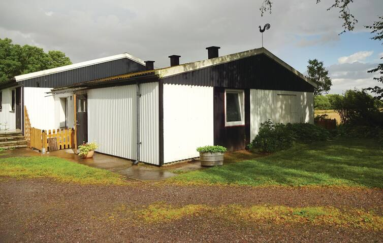 Former farm house with 2 bedrooms on 60m² in Lund