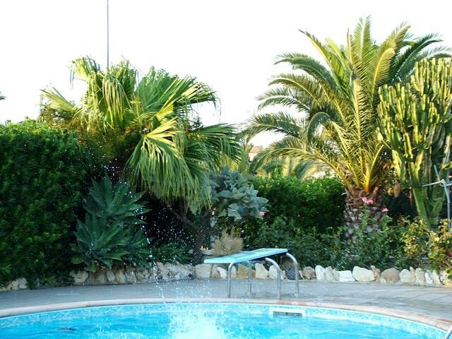 Villa Un angolo di Paradiso,piscina,campagna, mare