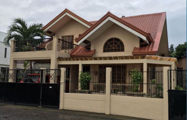 LOVELY 3- BEDROOM RESIDENCE - FREE PICK UP AIRPORT - PH - Dom