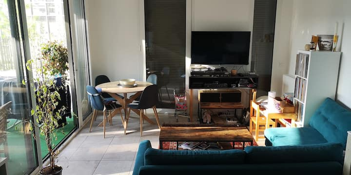 New flat with terasse, 2 rooms, fully equiped