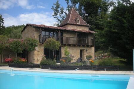 Fenoul: propriété de caractére - Saint-Bressou