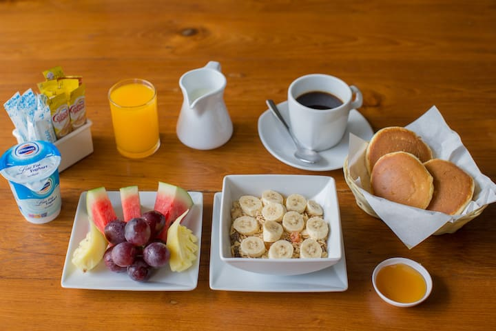choice of breakfast ( asian,american,continental ) available at reception for 250 THB not include in room price