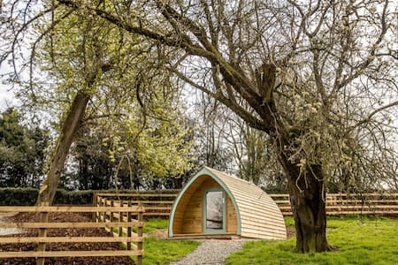 The Warren Pod, Welsh Border Glamping