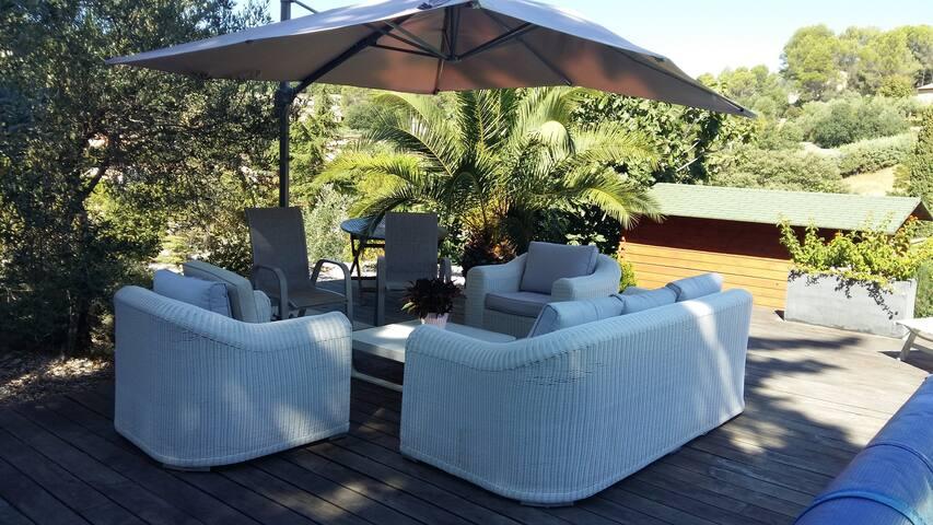 Villa pour 8 personnes avec piscine sur Figanières