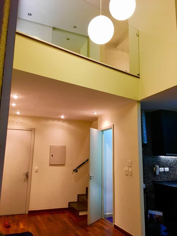 Duplex de Luxo em Perdizes. Piscina. Garagem.