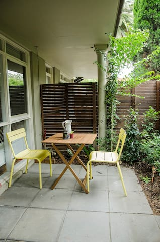 Cosy sweet apartment in the heart of Thornbury! - Thornbury - Apartment
