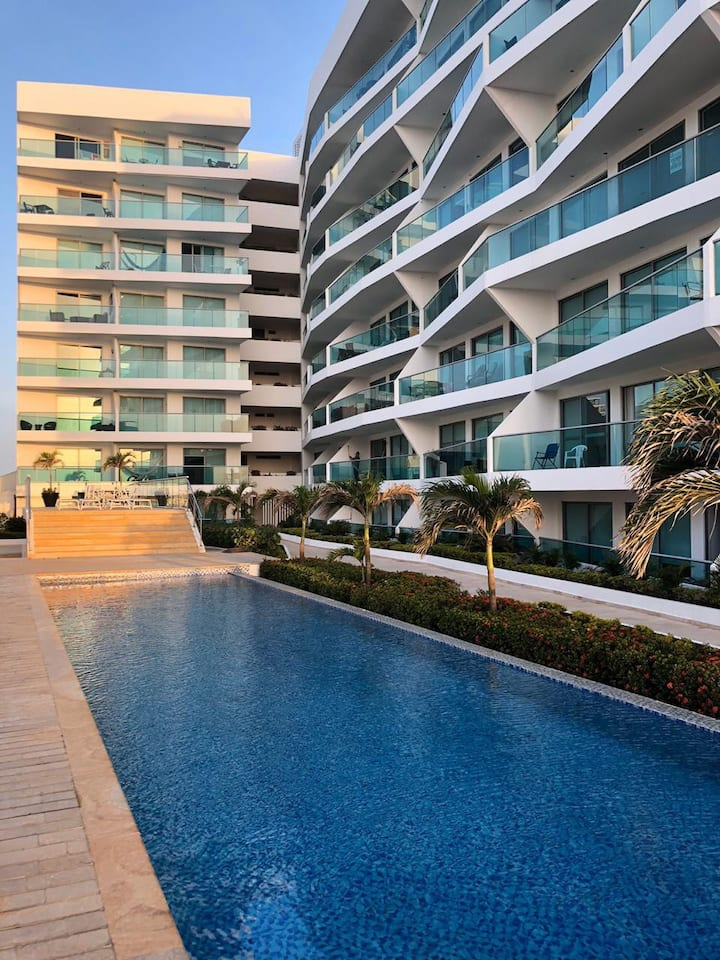 Espectacular apartamento frente al mar