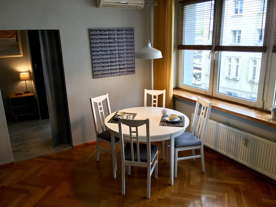 Salon, część jadalna / Living room, dining corner