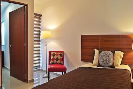 Habitación Individual con adicional Irapuato
