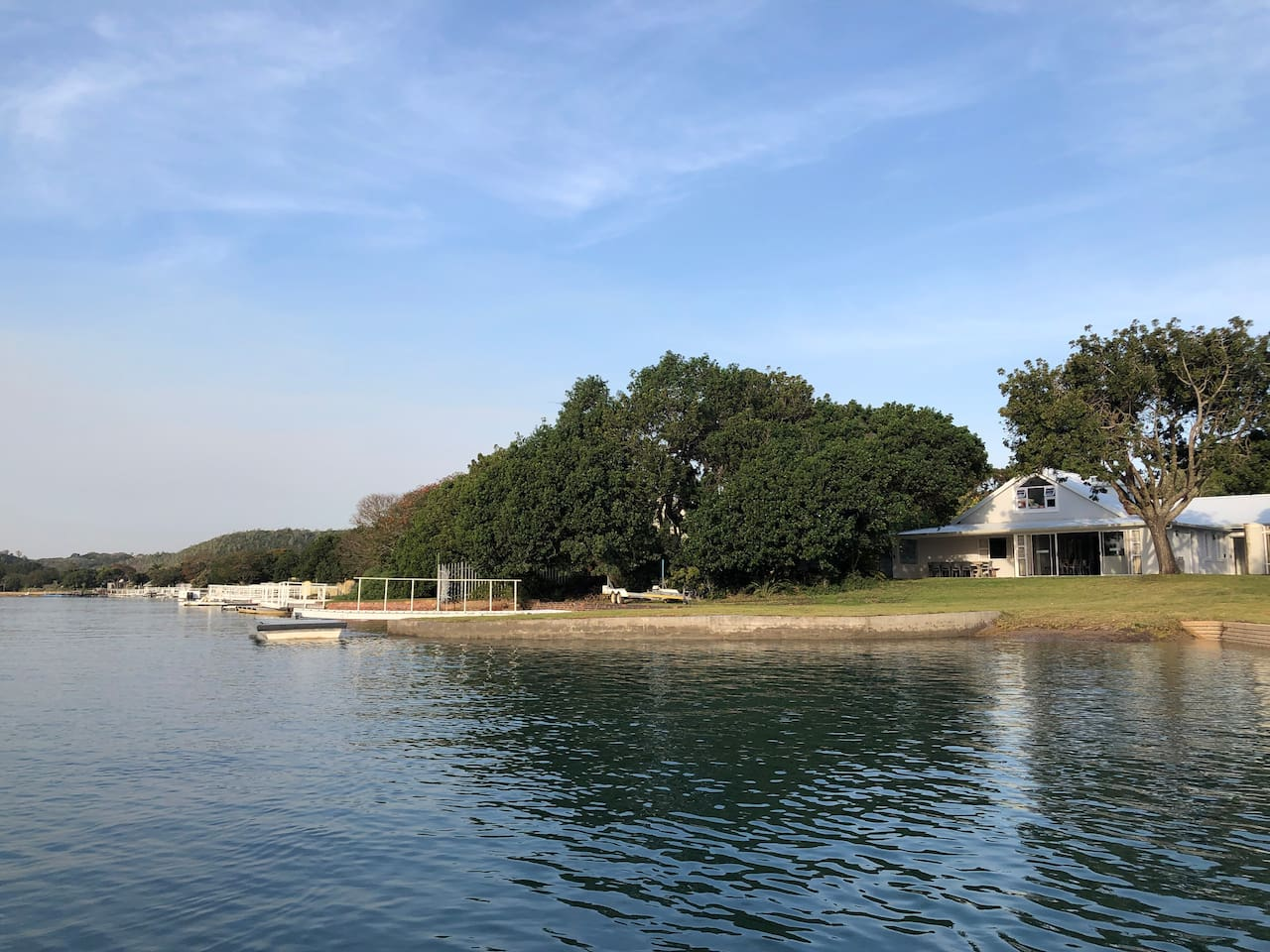 Mentone on the Kowie River with own jetty