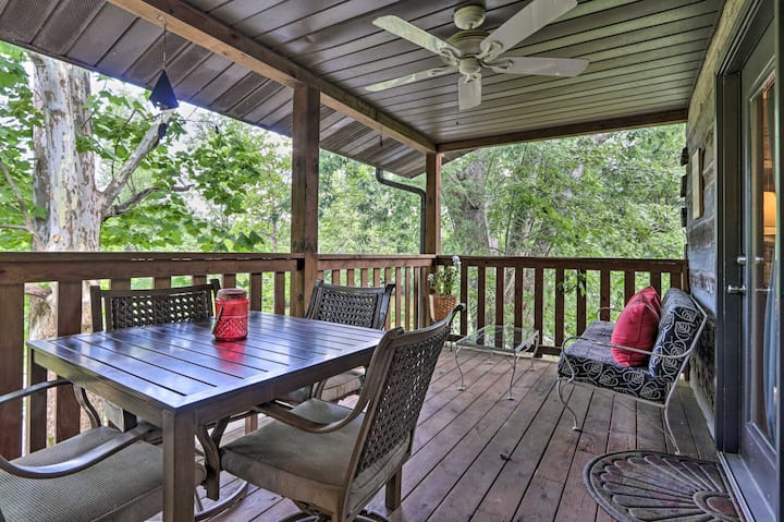 NEW! Smoky Mtn Retreat on River w/ Fire Pit & Deck