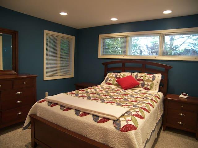 1st Fl bedroom has siding doors that open to Living Room