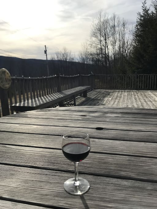 Enjoy dinner, wine & views on your large private deck - BBQ also available!