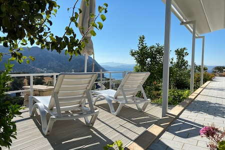HillSide Apartments, Agia Galini new Top Location