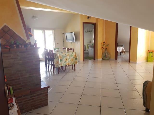 """Casa """"La Mansarda"""" - Fiumefreddo Sicilia - Loft"""