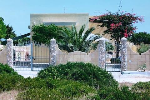 Splendida villa sulla spiaggia - Torre Castiglione
