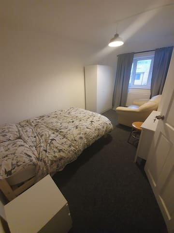 Double room next to Piccadilly train station
