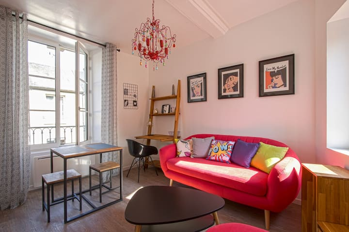 Cozy apartment in Bayeux city center