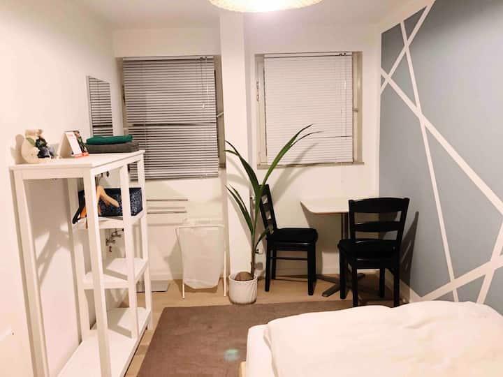 Kleines Privatzimmer -  SALE nur heute!