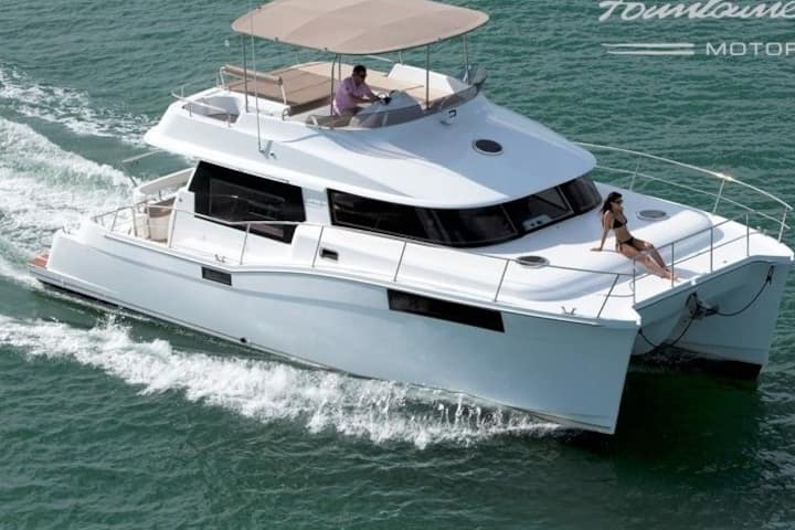 Significantly Discounted! New 40' Motor Yacht