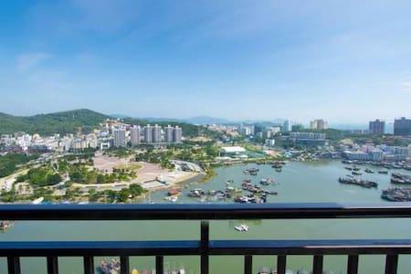 三亚大东海超高档小区时代海岸小区一室一厅河海双景观套房 - Sanya