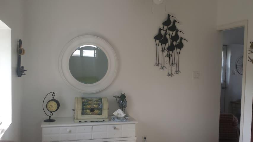 Port Stanley, 2 bedroom renovated cottage - Port Stanley