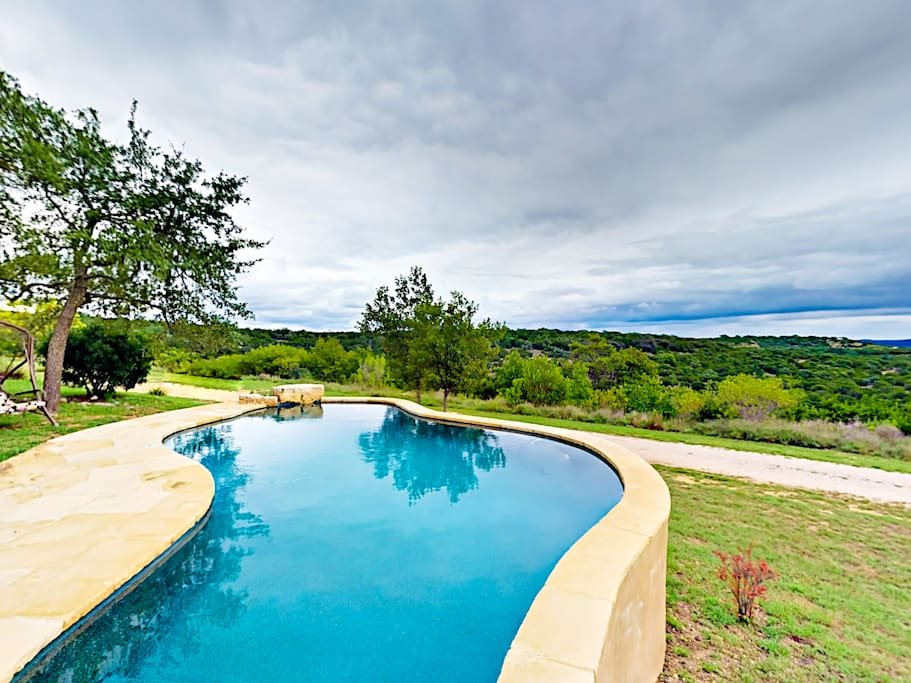 Welcome to Spicewood! Take a dip in the glorious pool.