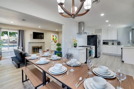 Sparkling Clean Home in North Pomona